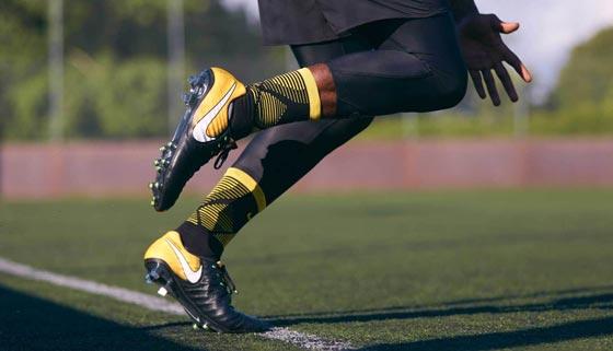 5796af4e52b86 1- NIKE TIEMPO LEGEND VII  من أهم الأحذية التي أصدرتها شركة نايكي الأمريكية  في الفترة الأخيرة؛ بسبب التقنية المتطورة ومواد الخام المستخدمة في صناعته،  التي ...