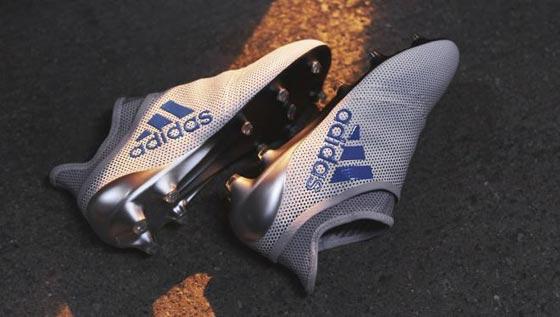 d44016924d7a2 5- ADIDAS X17  بالنسبة لمركز المهاجم في كرة القدم يعد هذا الحذاء من ضمن  الأنسب، وسيظل كذلك لفترة طويلة؛ فهو يحمي القدم من التدخلات العنيفة  للمدافعين، كما ...