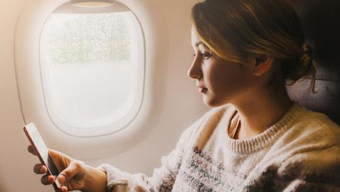 لماذا يتعذر عليك إجراء مكالمة هاتفية على متن الطائرة؟ لا علاقة للأمر بسقوطها