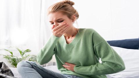 إليكم 8 أسباب غير متوقعة تسبب الشعور بالغثيان.. وطرق العلاج