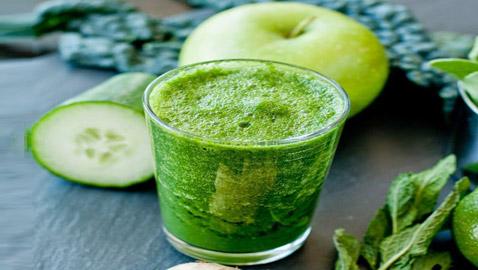 طريقة عمل الديتوكس بالخيار والتفاح الأخضر.. مشروب الدايت المفضل